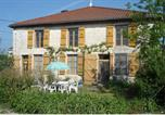 Location vacances Baroville - Holiday Home La Maison Face Au Lavoir Guindrecourtsurblaise-1