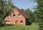 Location vacances Nieheim - Three-Bedroom Holiday Home in Nieheim-1