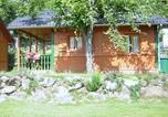 Camping avec Site nature Murol - Camping L'Ombrage-2