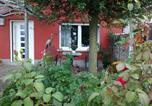 Location vacances Gleiszellen-Gleishorbach - Ferienhaus Schloss-Garten-1