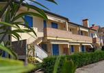 Location vacances Chioggia - Two-Bedroom Apartment in Rosolina Mare Vii-1