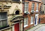 Location vacances Kingston-upon-Hull - Land Of Green Ginger - Old Town Penthouse-1