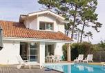 Location vacances Linxe - Holiday home Moliets 21 with Outdoor Swimmingpool-3