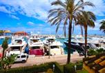Location vacances San Roque - Deluxe Harbor Apartment-1