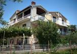 Location vacances Sveti Filip i Jakov - Apartment in Sv Filip i Jakov I-1