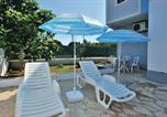 Location vacances Pakoštane - Four-Bedroom Holiday home in Pakostane-4