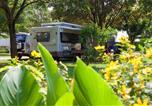 Camping avec Quartiers VIP / Premium Lot - Camping Sites et Paysages Le Ventoulou-3