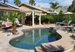 Location vacances Twentynine Palms - Gorgeous 2 Bedroom Home with Salt Water Pool/Spa-2