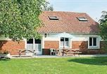 Location vacances Aubin-Saint-Vaast - Holiday Home Gites Lajumel-1