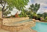 Location vacances Cedar Park - Hillside Villa on Lake Travis-2
