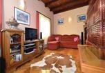 Location vacances Ribnik - Two-Bedroom Holiday Home in Slapno-3