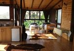 Location vacances Safed - Log Cabin in the Sky with Pool-2