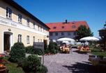 Location vacances Landshut - Schweiger's Landgasthof-1