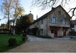 Hôtel Pont-les-Moulins - Domaine du Château de Roche sur Linotte-3