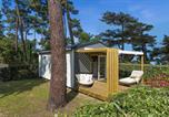 Camping avec Quartiers VIP / Premium L'Houmeau - Flower Camping Saint Tro'Park-1