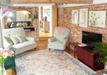 Location vacances Risby - Garden Cottage-4