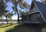 Location vacances Deloraine - Beachhouse Bungalow Waterfront Accommodation-2