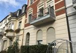 Hôtel Bornheim - A & S Hostel Bonner Straße 64-1