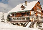 Location vacances Saint-Sorlin-d'Arves - Hotel la Balme - Hebergement + Forfait + Materiel de ski-1