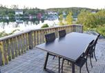 Location vacances Lillesand - Five-Bedroom Holiday home Høvåg with a Fireplace 08-3