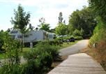 Camping avec Piscine Rieupeyroux - Flower Camping du Lac de Bonnefon-2