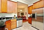 Location vacances Daly City - Corona Heights Two-Bedroom Apartment-1