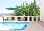 Location vacances Alcalalí - Three-Bedroom Holiday Home in Jalon-4