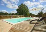 Location vacances La Chapelle-Aubareil - Domaine De La Licorne-1