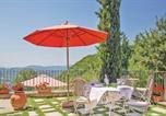 Location vacances Chiusi della Verna - Two-Bedroom Holiday home Chitignano with a Fireplace 02-3