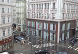 Location vacances Vienne - Goldfisch Apartment Hoher Markt-2