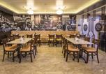 Hôtel Makati City - Ritz Astor Hotel-4