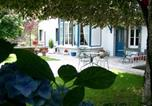 Location vacances Saint-Julien-Puy-Lavèze - Villa Mirabeau - Meublé Géranium-2