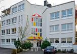 Hôtel Olching - Hostel Nanina-1