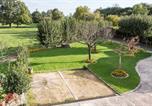 Hôtel La Forêt-sur-Sèvre - Chambres Au Jardin Fleuri-3