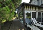 Location vacances Saint-Martin-Saint-Firmin - Peter Rabbit House-1