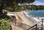 Location vacances Rayol-Canadel-sur-Mer - Holiday home Avenue de la Corniche-3