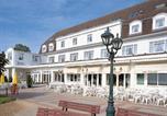 Hôtel Utersum - Kurhaus Hotel-1