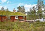 Hôtel Harstad - Two-Bedroom Holiday home in Ulvsvåg-1