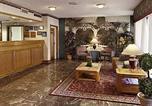 Hôtel Griffin - Express Inn & Suites - Griffin-2