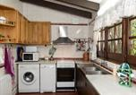 Location vacances Gualba - Holiday Home Els Refugis-4
