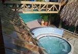 Villages vacances Negril - Sea Splash Resort-4