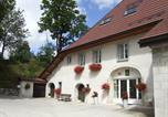 Location vacances Longevilles-Mont-d'Or - Gites du petit sarrageois-1