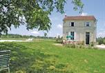 Location vacances Marcillac - Holiday home Rouffignac 30 with Outdoor Swimmingpool-1