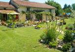 Location vacances Varaignes - Chez Daisy-4