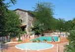 Camping  Acceptant les animaux Gard - Camping Isis en Cévennes-1