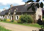 Location vacances Locarn - Holiday home Le Bourg Neuf-4