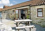 Location vacances Kirkbymoorside - Pear Tree Cottage-1