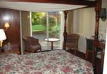 Location vacances Sutton - The Thatched House Hotel-1