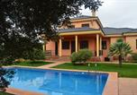 Location vacances Carmona - Finca Entreolivos-2