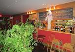 Hôtel Sointula - Pass'n Thyme Inn